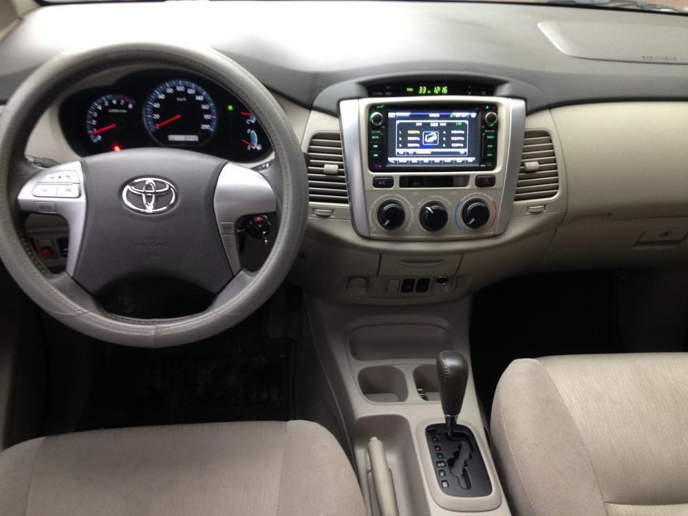 Xe Toyota Innova 2.0G 2014