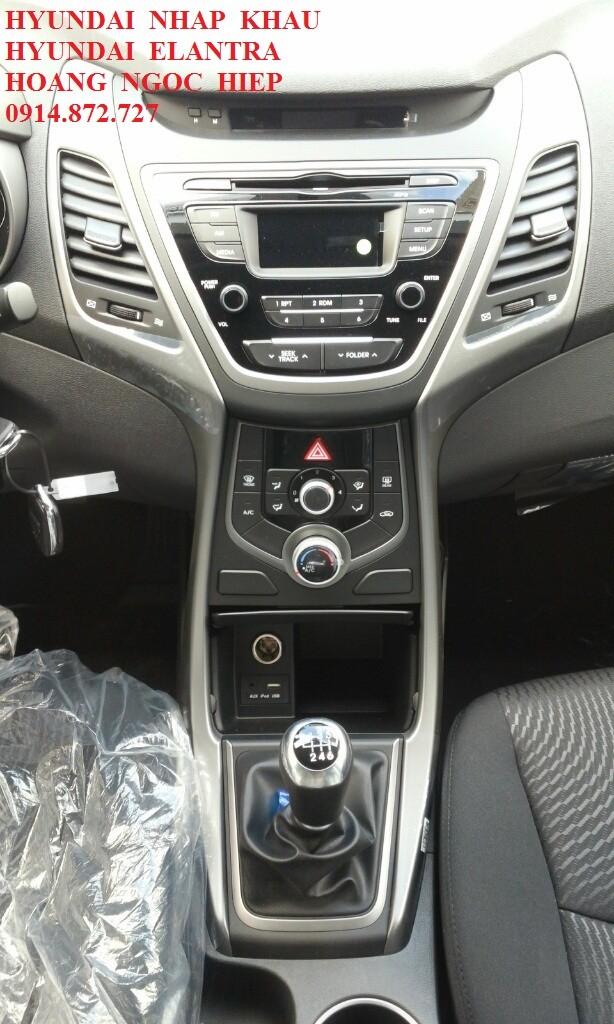 Xe Hyundai Elantra  2015