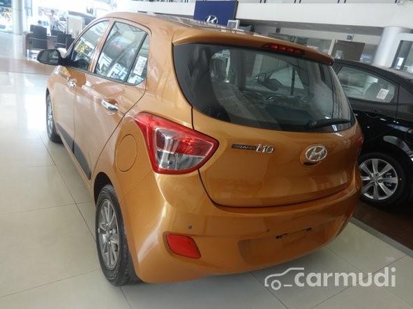 Xe Hyundai i10    1.0L AT 2015