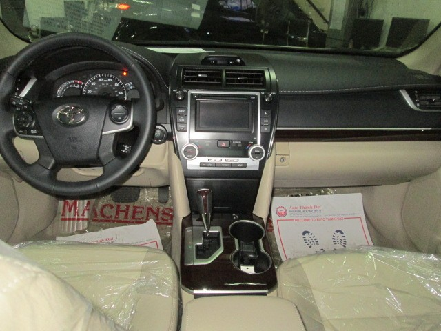 Xe Toyota Camry XLE 2.5 2015