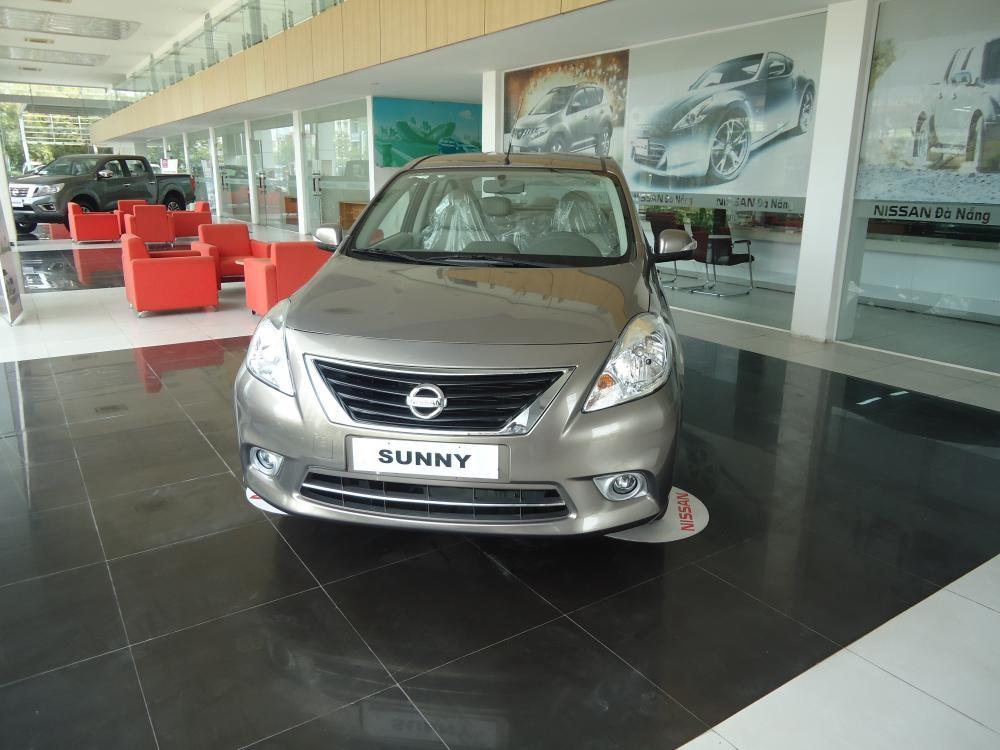 Xe Nissan Sunny MT 2015