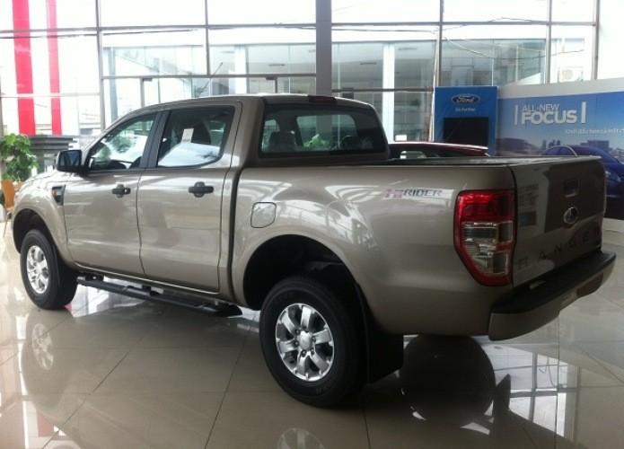 Bán xe Ford Ranger XLS đời 2016, nhập khẩu chính hãng, 648 triệu