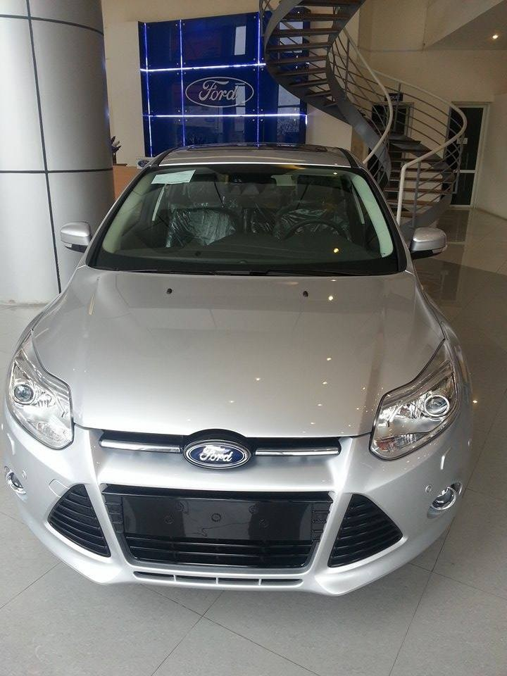 Xe Ford Focus  2015