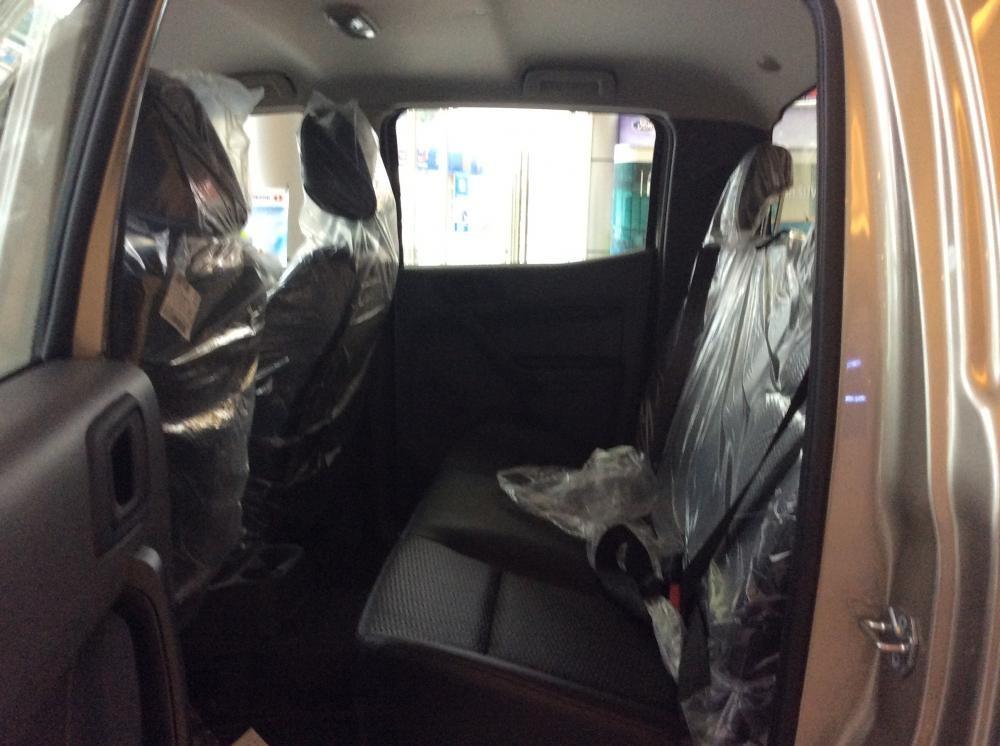 Bán ô tô Ford Ranger XL 4x4 MT đời 2016, xe nhập