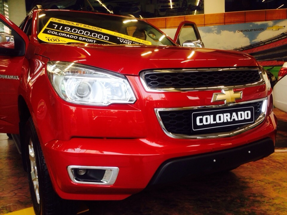 Xe Chevrolet Colorado 2.8 LTZ MT 2015