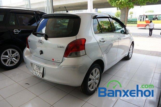 Xe Toyota Yaris  2009