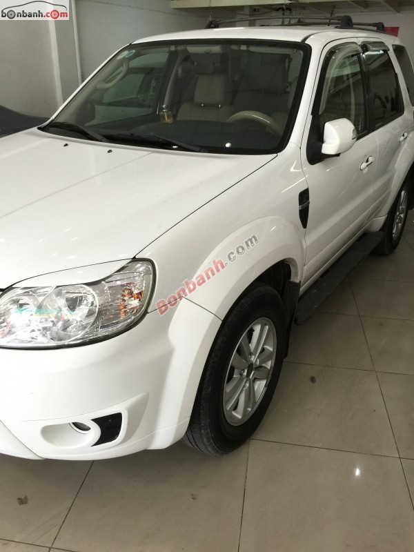 Xe Ford Escape XLS 2010