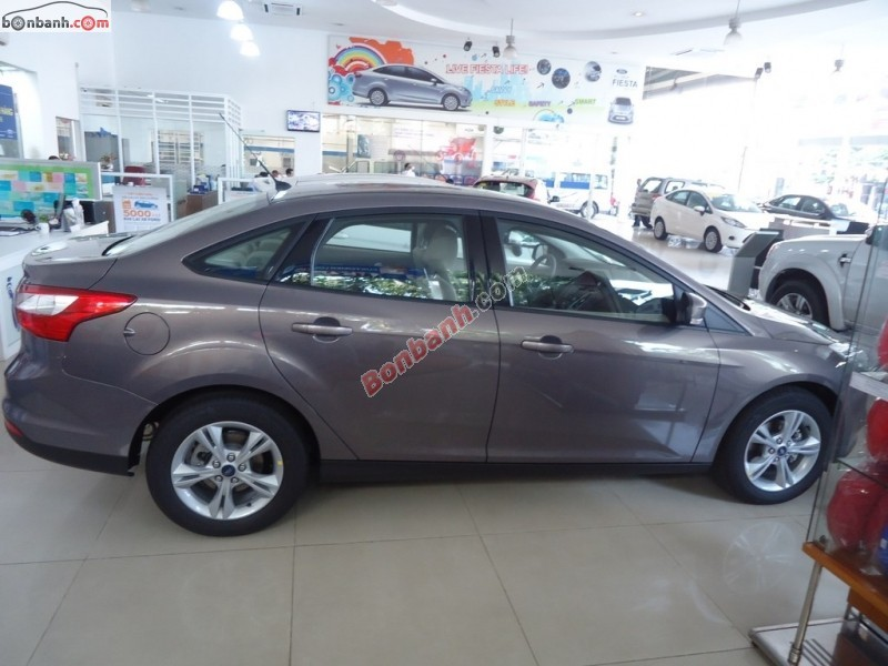 Xe Ford Focus 1.6AT 2015