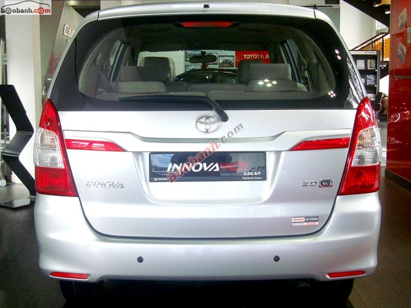 Xe Toyota Innova G 2015