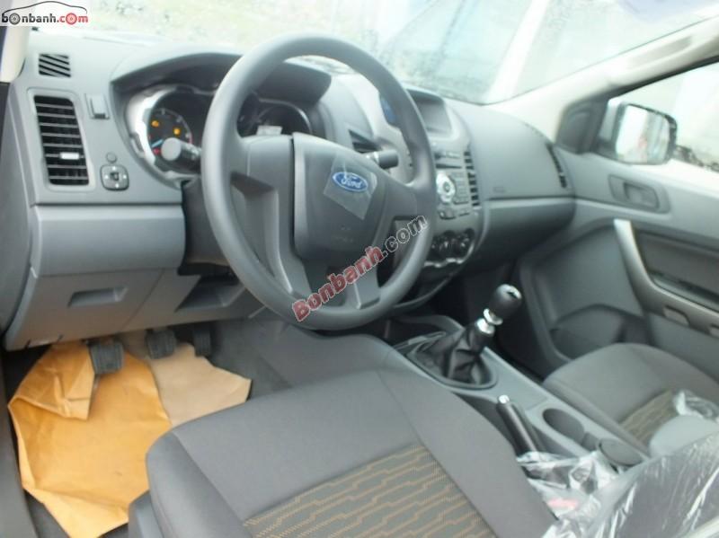 Xe Ford Ranger XLS 2.2L 4x2MT 2015