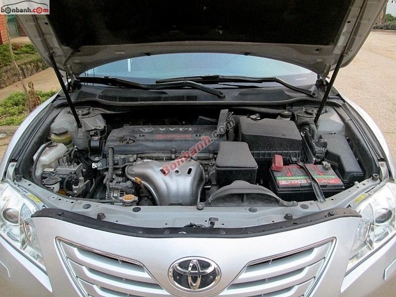 Cần bán Toyota Camry đời 2009, màu bạc, nhập khẩu chính hãng