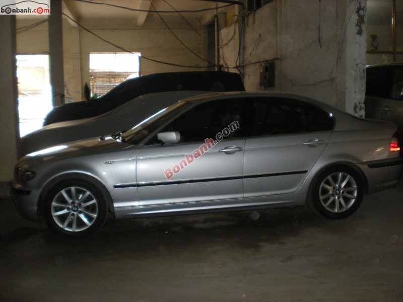 Xe BMW 3 Series 318i 2005