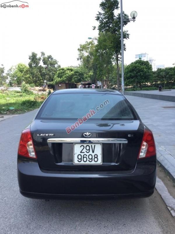 Gia đình bán ô tô Daewoo Lacetti EX sản xuất 2005, màu đen