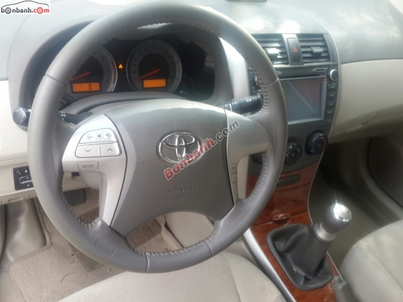 Bán ô tô Toyota Corolla Altis 1.8 MT đời 2009, màu bạc, ít sử dụng