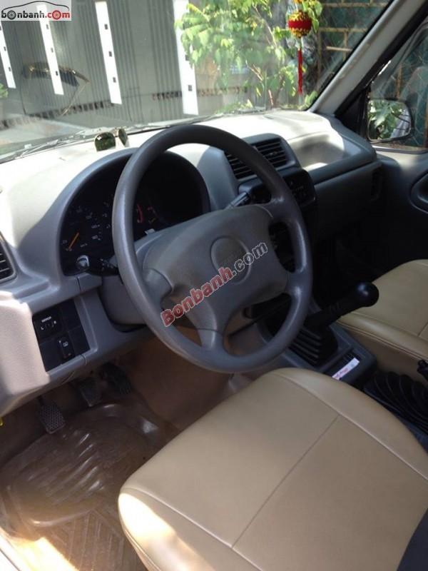 Cần bán lại xe Suzuki Vitara đời 2004, màu đen