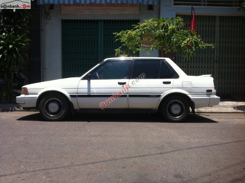 Cần bán lại xe Toyota Corolla đời 1990, màu trắng, nhập khẩu nguyên chiếc