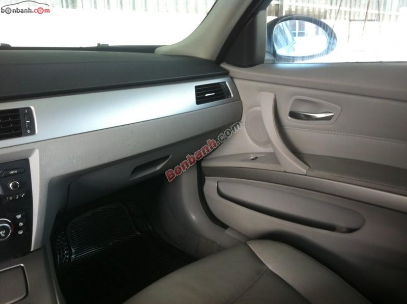 Xe BMW 3 Series 320i 2007