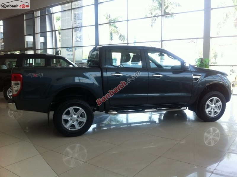 Xe Ford Ranger XLS AT 2015