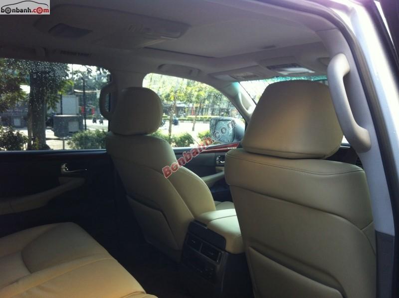 Xe Lexus LX 570 2008