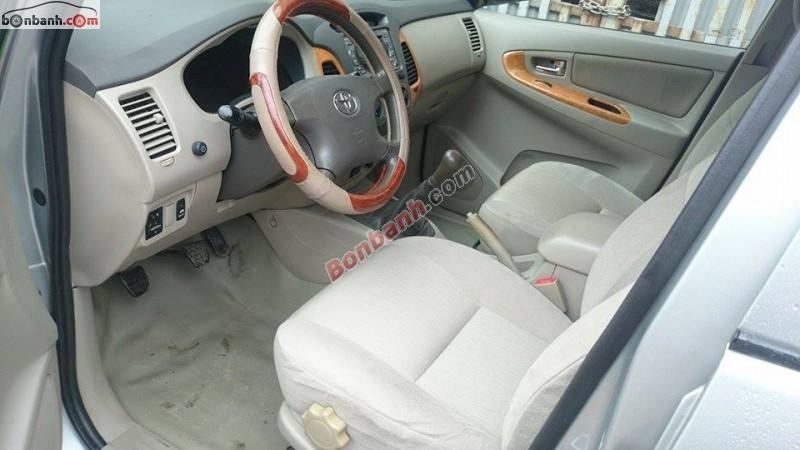 Xe Toyota Innova G 2010