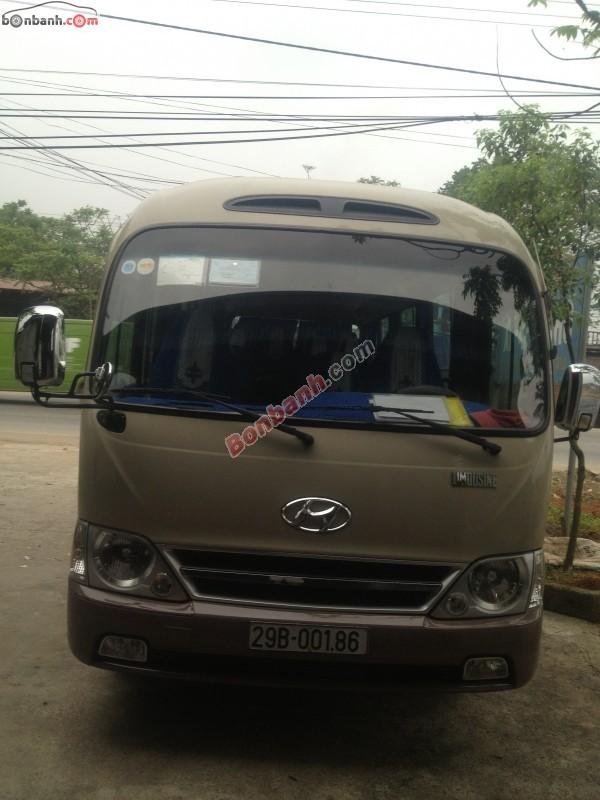 Xe Hyundai County  2011