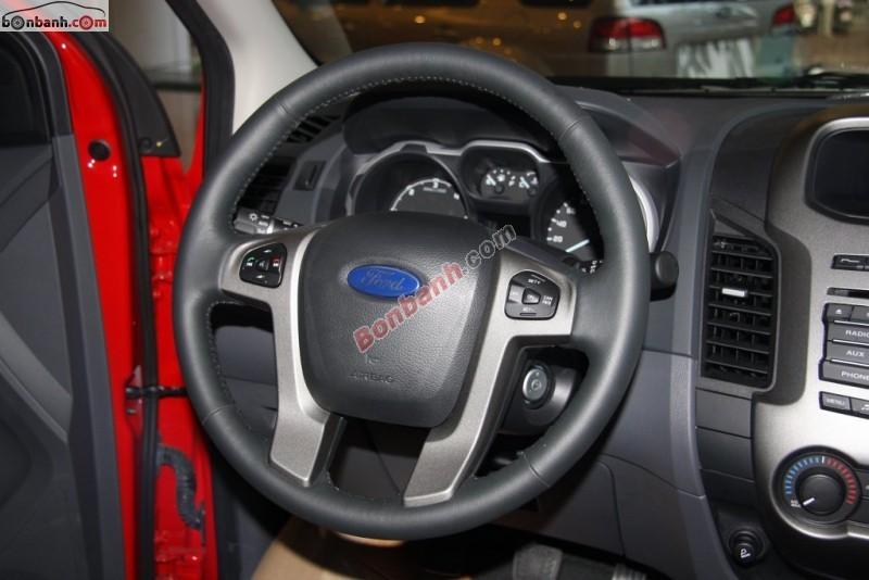 Xe Ford Ranger XLT 4x4MT 2015