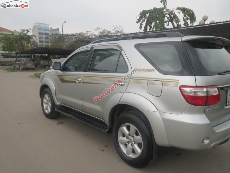 Xe Toyota Fortuner G 2010