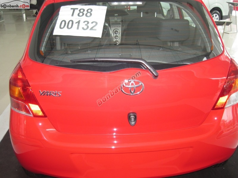 Xe Toyota Yaris 1.5 AT 2015