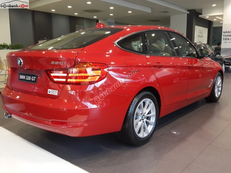 Xe BMW 3 Series 320i GT 2015