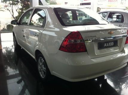 Xe Chevrolet Aveo LTZ -   mới Trong nước 2015