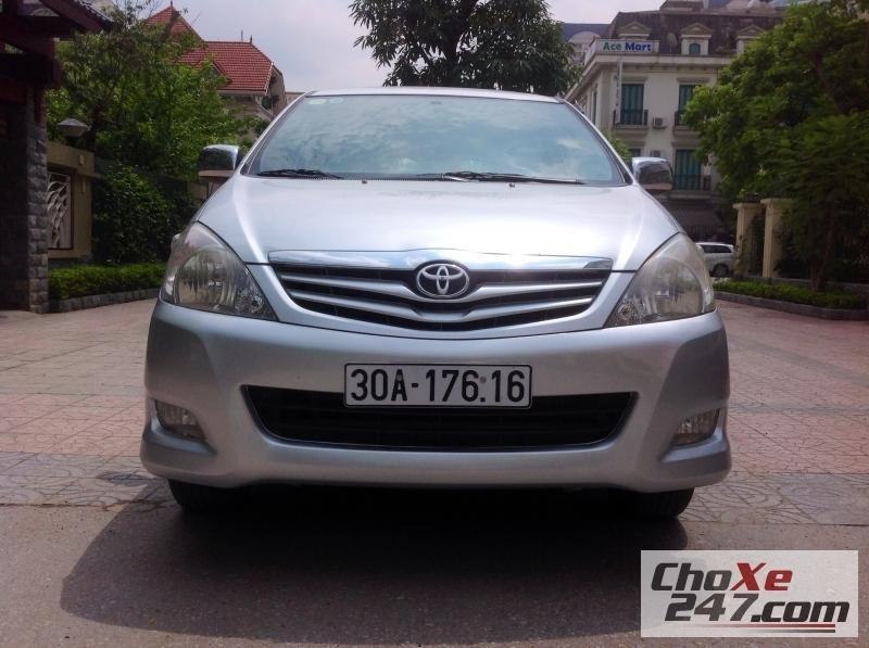 Xe Toyota Innova
