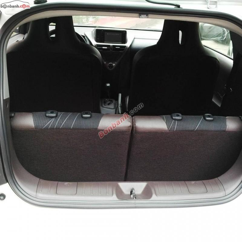 Xe Toyota IQ 1.0AT 2015