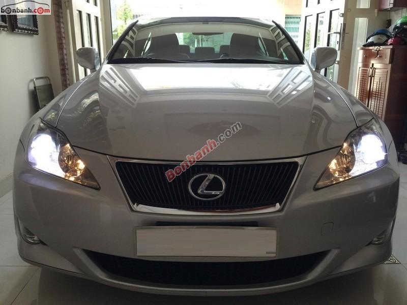 Xe Lexus IS  2008