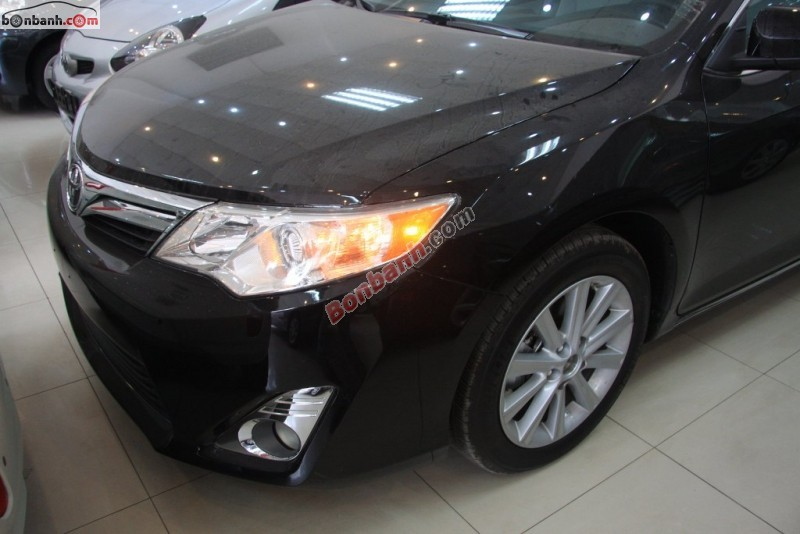 Xe Toyota Camry XLE 2015