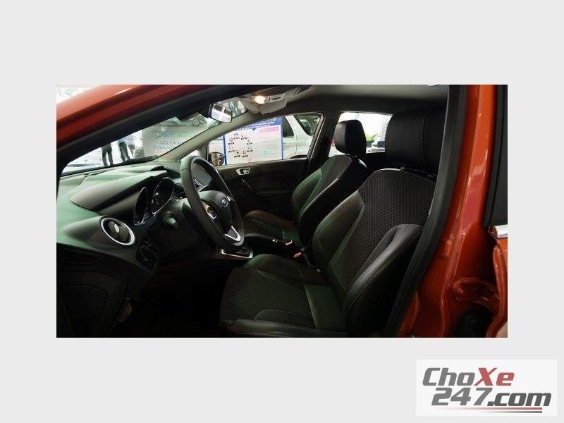 Xe Ford Fiesta  2014