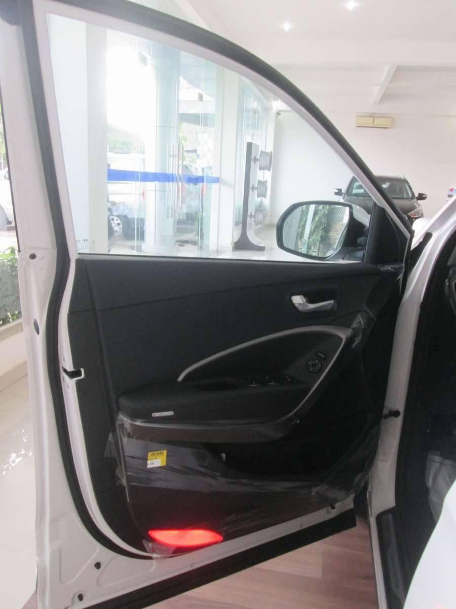 Xe Hyundai Santa Fe  2014