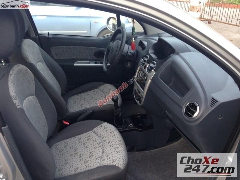 Xe Chevrolet Spark LT