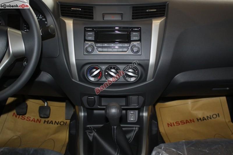 Xe Nissan Navara E NP300 2015