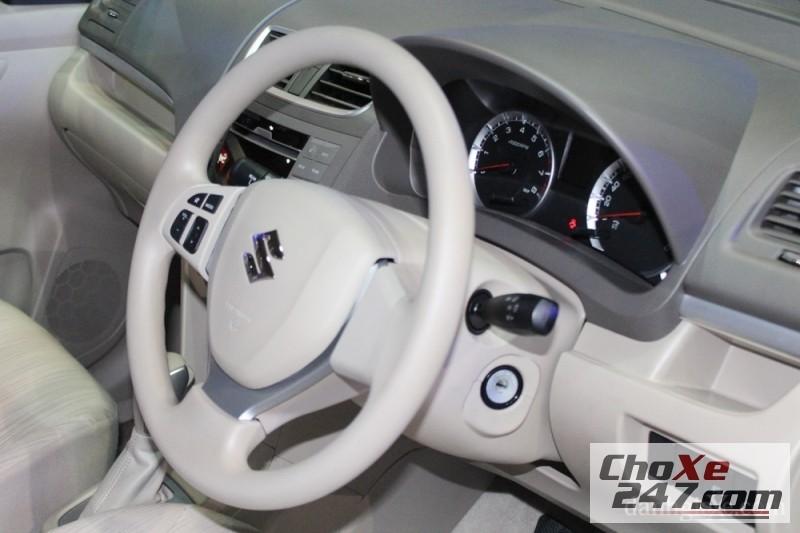 Xe Suzuki Aerio  2014