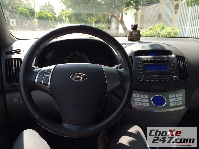 Xe Thaco HYUNDAI Avante 2.0 2011