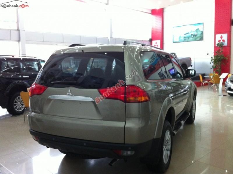 Xe Mitsubishi Pajero Bán    Port G. 2WD AT  mới tại Hà Nội 2014