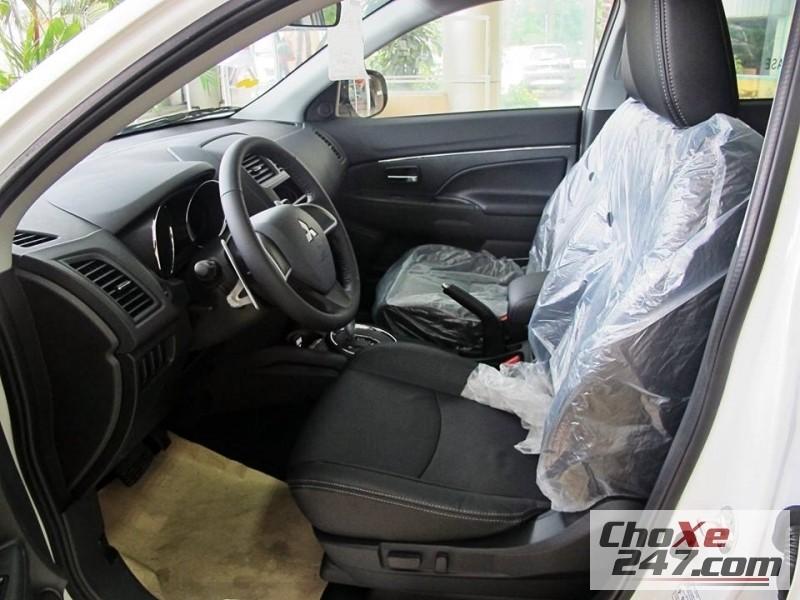 Xe Mitsubishi Outlander 2015 2014