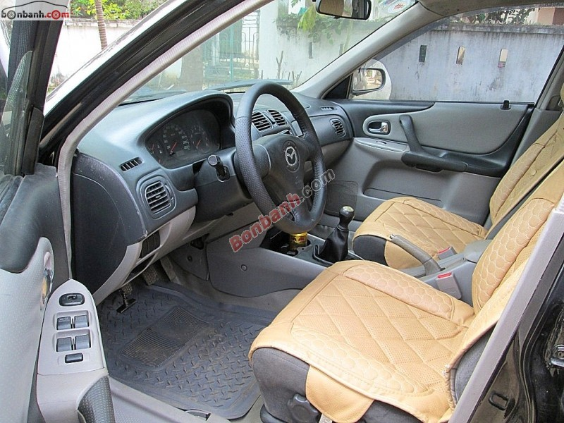Xe Mazda 323 GLX Classic 2004