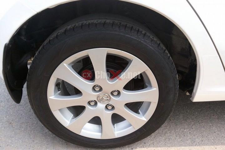 Xe Mazda 2  2011