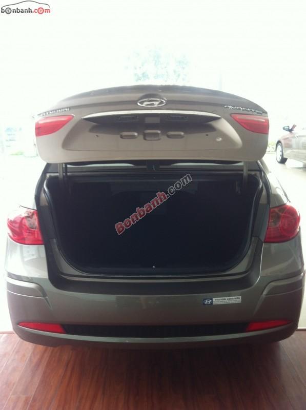 Xe Hyundai Avante  2014