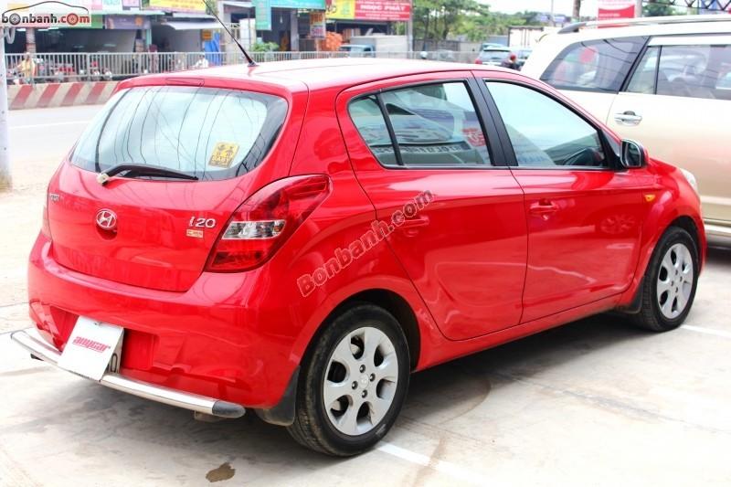 Xe Hyundai i20  2011