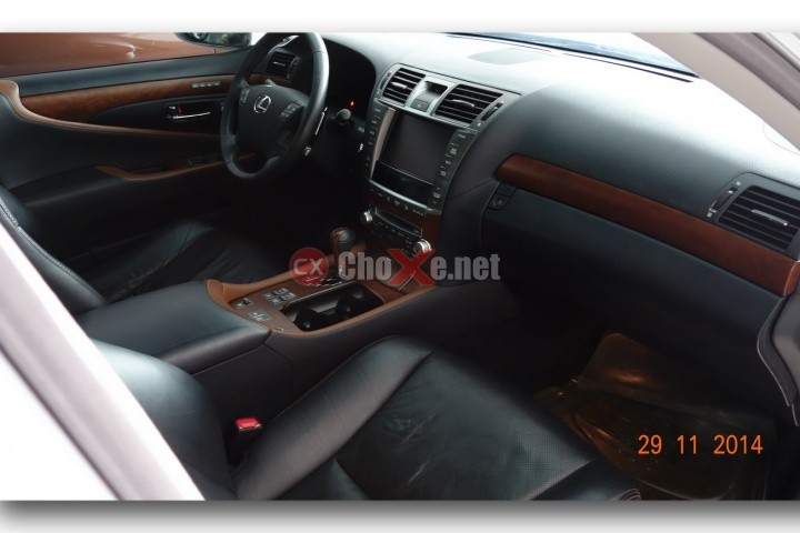 Xe Lexus LS 460 2009