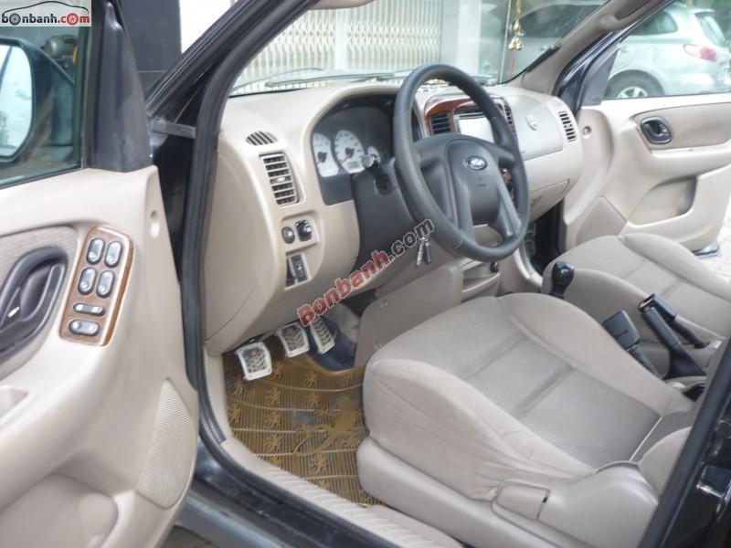 Xe Ford Escape  2004