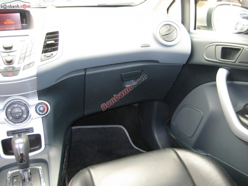 Xe Ford Fiesta  2011