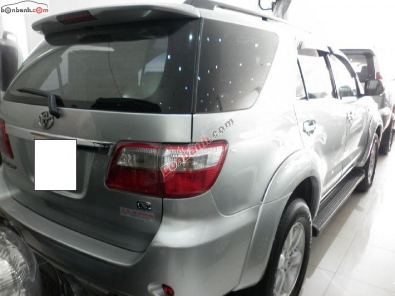 Xe Toyota Fortuner G 2010